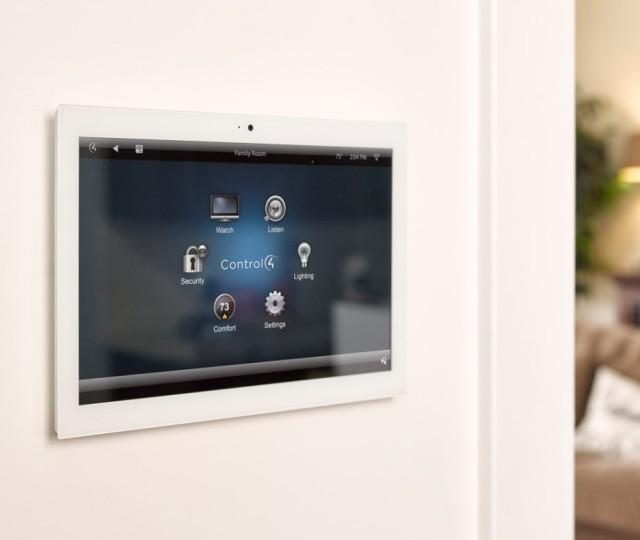 Control4+Touchscreen