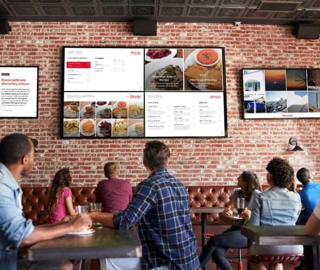 ristorante con monitor